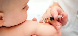 Memberikan Vaksin Pada Anak Tidak Berakibat Autisme